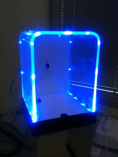 Indirekte Beleuchtung/ Lichtleisten aus PLEXIGLAS®